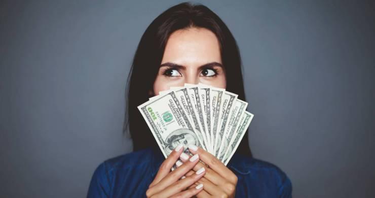 woman-making-money.jpg