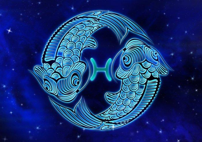 pisces blue on blue
